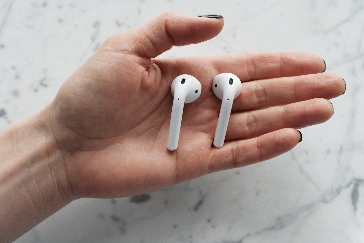 cómo limpiar auriculares iphone