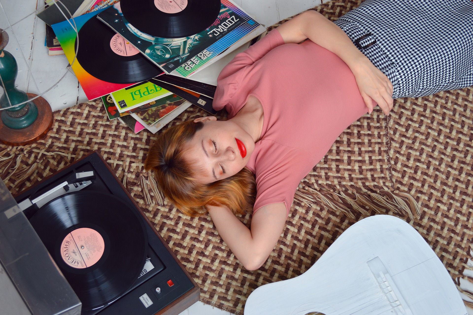 Sonidos e instrumentos para relajarte y dormir bien